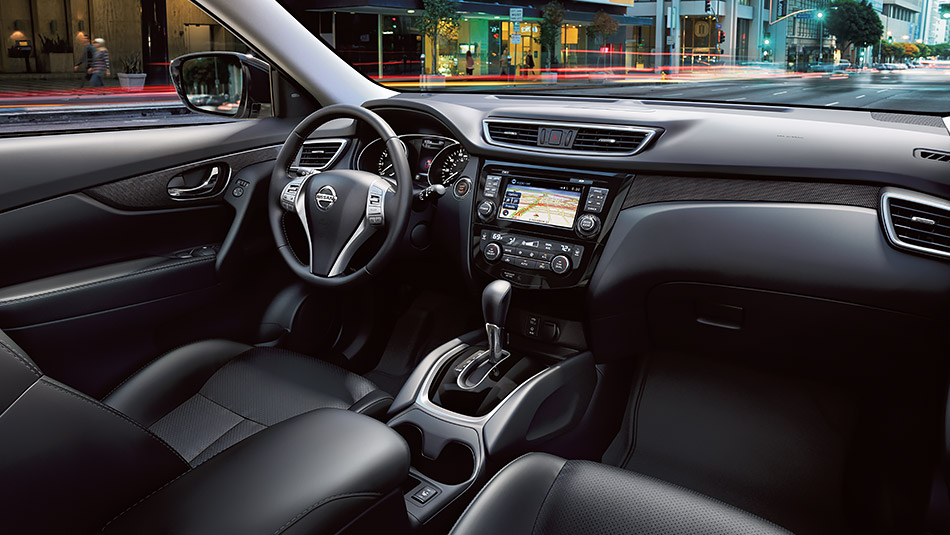 Black Leather Interior of the 2015 Nissan Rogue