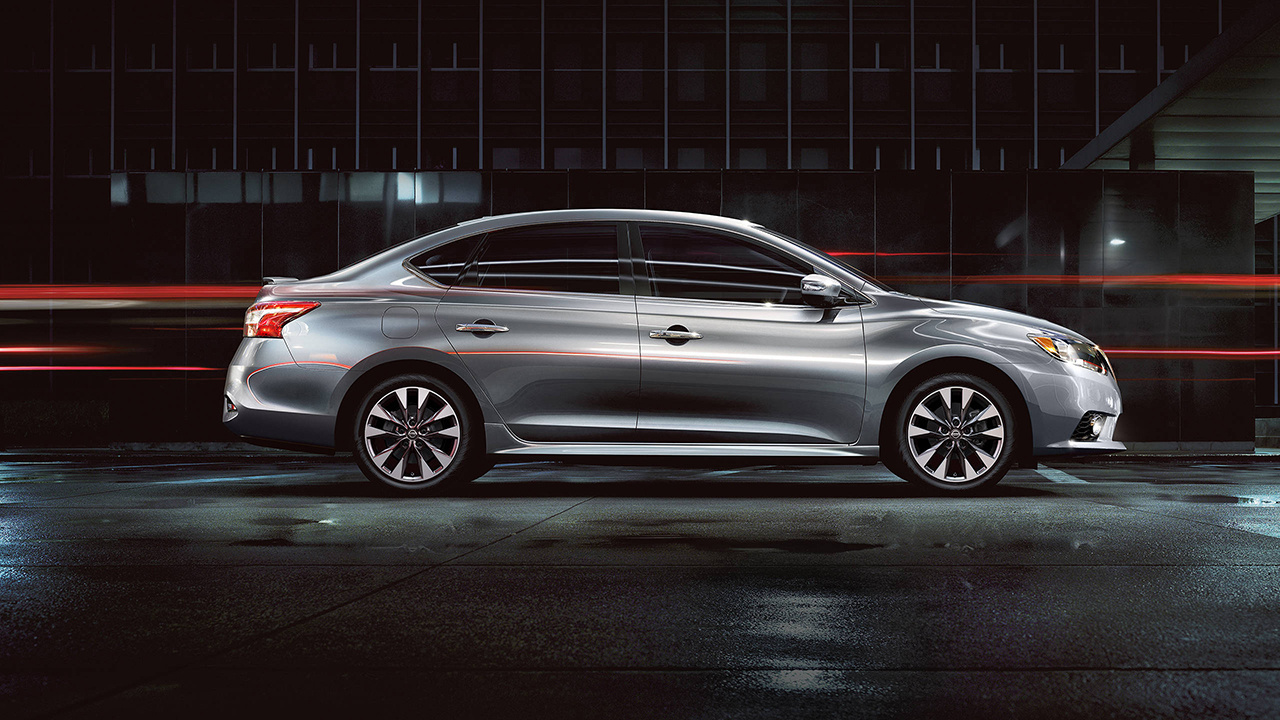 2018 Nissan Sentra Silver Side Exterior