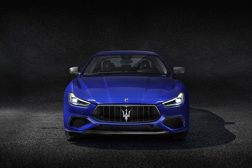 2018 Maserati Ghibli Front Blue Exterior