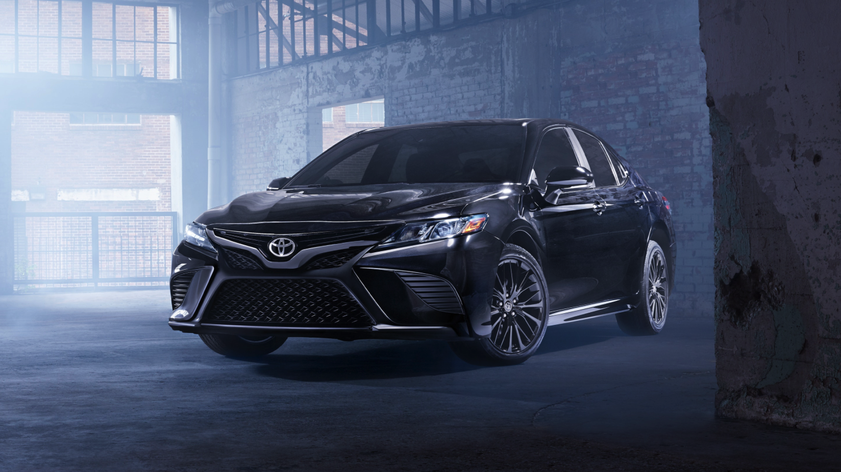 2020 Toyota Camry Front Exterior